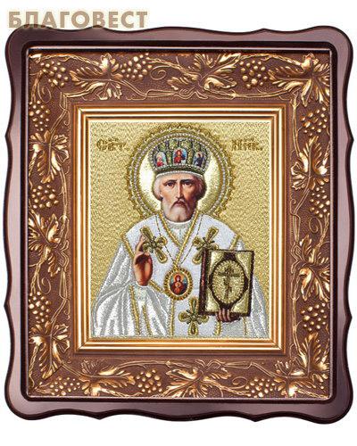 Икона Святитель Николай Чудотворец. Вышитая икона в фигурном киоте. Размер изображения 150*180мм