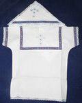Крестильный набор «Богатырь» (рубашка, пеленка-уголок). Возраст 6-24 месяца. Ткань бязь, тесьма-парча. Тесьма в ассортименте