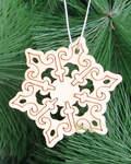 Рождественский сувенир-подвеска из дерева